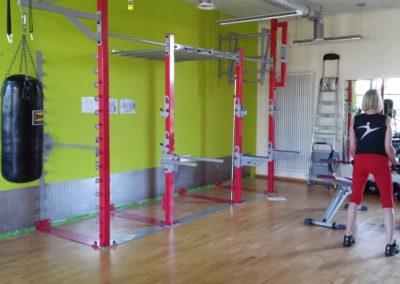 1. Wallmounted rack
